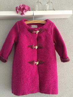 Girls jacket, blanket coat dekenjas made of a vintage fuchsia wool blanket, size 110 by MORETHANVINTAGENL on Etsy