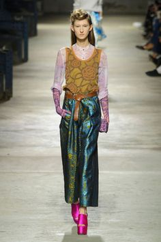 From retro silhouettes, to Spanish ruffles and pajamas as daywear, see the 9 trends that define the season here: Dries Van Noten