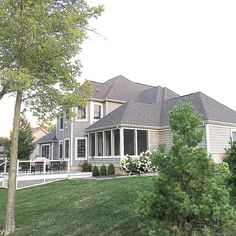 I have received some requests to see the back of my house ... here is a side/partial back view! Have a great day, friends 💞! Mastic Cedar Discovery Perfection Shingles in Cape Cod Grey