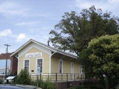Thomasville NC's restored train depot now serves as a vistor's center