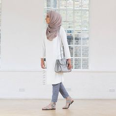 N/A Hajib Fashion, Modest Fashion, Women's Fashion Dresses, Islamic Fashion, Muslim Fashion, Modest Wear, Modest Outfits, How To Wear Hijab, Hijab Fashion Inspiration