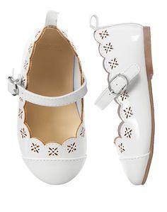 Gymboree Toddler Girl White Scalloped Shoes