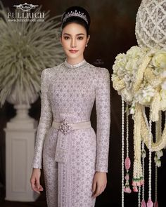 Image may contain: 1 person, standing Oriental Dress, Oriental Fashion, Traditional Thai Clothing, Traditional Dresses, Dress Muslim Modern, Thai Wedding Dress, Thailand Fashion, Thai Fashion, Thai Dress