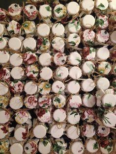 Düğünleriniz için adınıza özel nikah reçellerine ne dersiniz? Klasikleşmiş lavanta ya da bademlerden sıkıldıysanız siparişlerinizi bekliyoruz! Fotoğraftaki ürün kendi imalatımızdır. Toplu siparişler için myweddingjars@gmail.com #kinagecesi  #dugun #nikahsekeri #weddingfavor #weddinggift #bekarligaveda #bekarligaveda #wedding #kavanozrecel #kavanoznikahsekeri