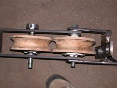 Tube Bender by Locostmonkey -- Homemade tube bender constructed from flat bar stock, a nut, bolts, washers, flanges, and wooden dies. http://www.homemadetools.net/homemade-tube-bender-31