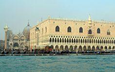 Venezia – Italy – Page 3 Venice Italy, Italy Travel, Taj Mahal, Louvre, Italy Destinations