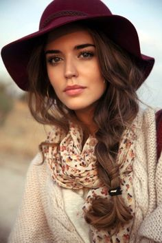 17 Wonderful Long Hairstyles for Thick Hair http://cutehairstyles.co/hairstyles-for-long-thick-hair.html