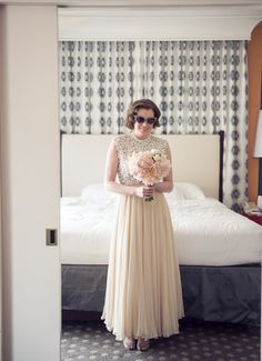 We've never seen a more stunning (or stylish) vintage bride! // Chloe Jackman Photography