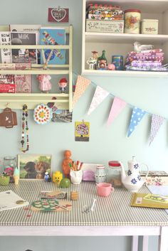 love this little craft space