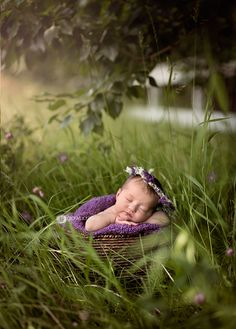 Timeless, Classic and Beautiful Newborn and Maternity Photography Mother Baby Photography, Outdoor Newborn Photography, Maternity Photography, Children Photography, Baby Family Pictures, Cute Baby Pictures, Newborn Pictures, Family Photos, Baby Poses