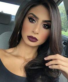Lovely hair and dramatic makeup - Prom Makeup Black Girl Gorgeous Makeup, Pretty Makeup, Love Makeup, Makeup Inspo, Makeup Inspiration, Makeup Ideas, Perfect Makeup, Full Face Makeup, Kiss Makeup