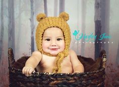 Lil bear ❤️ Hayley June Photography, baby, 4 month old baby, baby boy, bear hat, baby mini session, baby pictures, basket, forest backdrop, Calgary, Calgary baby photographer, baby photo, baby photo session, baby photo ideas, mini session, mini session ideas
