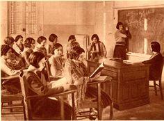 Una clase de matemáticas en la Residencia de Señoritas hacia 1933.