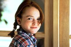 An interview with that redheaded star of The Parent Trap who never did anything else. Her name's Lindsay Lohan and she hasn't changed a bit! Lindsay Lohan Young, Lindsay Lohan Hair, Gilmore Girls, Hollywood Actresses, Actors & Actresses, Parent Trap Movie, Meredith Blake, Mtv Movie Awards, Ali Larter