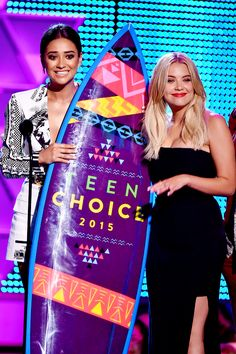 Shay Mitchell and Ashley Benson accept the Choice TV: Drama Show for 'Pretty Little Liars' onstage during the Teen Choice Awards 2015 at the USC Galen Center on August 16, 2015 in Los Angeles, California.