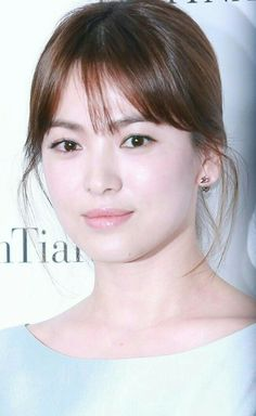 Korean Actresses, Korean Actors, Actors & Actresses, Song Hye Kyo Style, Beautiful Soul, Beautiful Women, See Through Bangs, Celebs, Celebrities