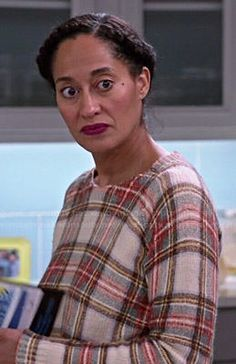 Rainbow's plaid sweater in Black-ish.  Outfit Details: http://wornontv.net/48283/ #Blackish