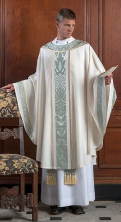 The Holy Rood Guild > Chasubles & Copes > Aubazine Chasuble: cream liturgical vestment for priest or deacon Priest Robes, Priest Costume, Priest Clothing, Priest Outfit, Biblical Costumes, Communion Sets, Colleen Atwood, Catholic Priest, Character Design Inspiration