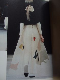 "Yohji Yamamoto - a/w 1989-90 ___ from a book by Kiyokazu Washida;  re-photographed & posted on Style Zeitgeist by ""chameleon."""
