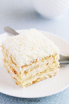 Ochutnej to!   Raffaello dort bez pečení Bread Cake, Polish Recipes, Cake Cookies, Vanilla Cake, Frosting, Cake Recipes, Vegetarian Recipes, Food And Drink, Sweets