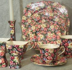 Royal Winton Grimwades Florence Chintz   ...have the little teapot from this set.
