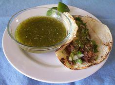 Salsa verde para tacos (tomatillo salsa for tacos) recipe - Chicago Mexican food | Examiner.com
