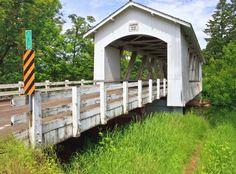 Larwood Covered Bridge, Oregon jigsaw puzzle in Bridges puzzles on TheJigsawPuzzles.com