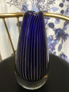 Nanny Still maljakko Finland, Vases, Glass Art, Design, Home Decor, Decoration Home, Interior Design, Vase, Design Comics