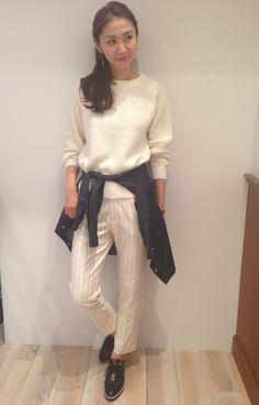白 ニット コーデ - Google 検索 white ivory knit tops sweater outfit styling コーディネート スタイリング