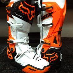 Ken Roczen& custom Fox Instinct Boots for Vegas SX Dirt Bike Boots, Mx Boots, Ktm Dirt Bikes, Dirt Bike Gear, Motorcycle Boots, Dirt Biking, Girl Boots, Atv Gear, Motocross Gear