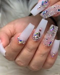 gel nail designs for fall About hair loss The hair loss on account of any spe Bling Acrylic Nails, Glam Nails, Best Acrylic Nails, Dope Nails, Bling Nails, Acrylic Nail Designs, Stiletto Nails, 3d Nails, White Acrylic Nails With Glitter