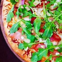 Pear, Prosciutto, Arugula & Gorgonzola Pizza - a favorite salad turned ...