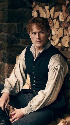 Sam Heughan as Jamie Fraser in Outlander Season 4 Jamie Fraser, Claire Fraser, Sam Heughan Outlander, James Fraser Outlander, Outlander Season 4, Outlander Casting, Outlander Tv Series, Starz Outlander, British American