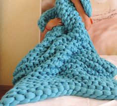 This chunky knit blanket is perfect for everyone. It is really big and very beautiful!.This blanket is extremely soft and durable.This blanket will