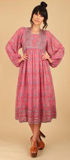 La India Festival Vestido de raro material Vintage años 70  * Pura India gasa algodón * Imperio cintura * Detalles de tuberías * Romántico poeta