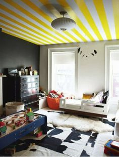 62 creative walls paint ideas - interesting techniques - Making Furniture yourself DIY Creative Wall Painting, Room Wall Painting, Creative Walls, Ceiling Painting, Creative Ideas, Bedroom Door Design, Wall Paint Colors, Interior Decorating, Interior Design