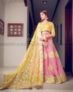 Bridal Mehndi Dresses, Pakistani Dresses, Indian Dresses, Wedding Dresses For Girls, Girls Dresses, Kinza Hashmi, Function Dresses, Evening Dresses With Sleeves, Churidar