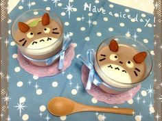 Totoro puddings!  This page is in Japanese but I think I can handle making a version of my own.  :)