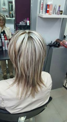 Hair Beauty - Inspiration-Get blown away by exciting OLAPLEX salon story from Chanel Venter, owner of Hair Rehab in Strand, Western Cape. Medium Hair Cuts, Short Hair Cuts, Medium Hair Styles, Short Hair Styles, Frosted Hair, Modern Shag Haircut, Gray Hair Highlights, Choppy Hair, Haircuts For Fine Hair