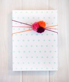 Dots mint Gift Wrap