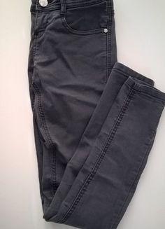 Kup mój przedmiot na #vintedpl http://www.vinted.pl/damska-odziez/rurki/14035367-dopasowane-jeansy-rurki-bershka