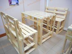 Столы и диваны в стиле паллет