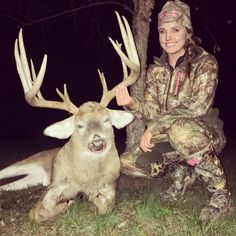 Patience paid off with this monster buck!  [PICS]: http://community.deergear.com/the-hunt/allie-butlers-bluegrass-booner/