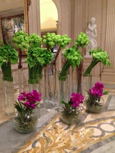 Flores em cilindros