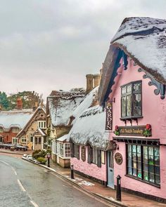 Live Colourful Dreams: Photo Seaside Resort, European Destination, New Forest, Isle Of Wight, Beautiful Architecture, Cottage Homes, Travel And Leisure, Winter Scenes, United Kingdom
