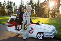 Awesome lil guy doing Ghostbusters!