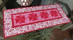 Quilted Table Runner Valentine Hearts 674 by QuiltinWaYnE on Etsy