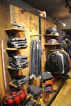 Chad'S Storelocator - Scott Nyc, New York Boutique Interior, Clothing Store Interior, Clothing Store Displays, Clothing Store Design, Boutique Decor, Fashion Store Design, Showroom Design, Shop Interior Design, Retail Store Design