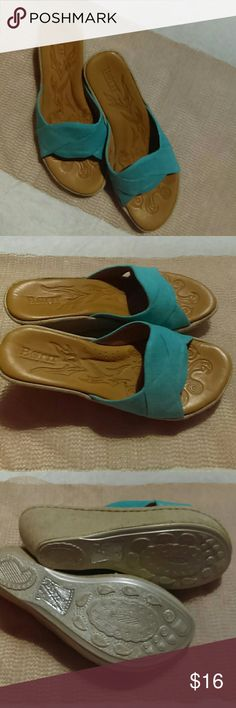 Born Handcraft Footwear 8/39 MW size Wonderful wedge sandals in tan, cream, & turquoise! Born Shoes Wedges