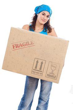 Comment être organisé pour votre déménagement Home Organisation, Organization, Fee Du Logis, Organize Your Life, Paper Shopping Bag, Fun, Cocoon, Genre, Location